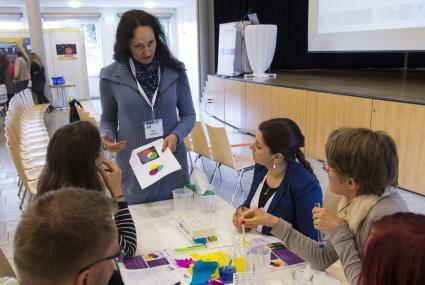 Landesweit erster Kongress f�r Grundschulp�dagogen: Experimentieren in der Grundschule / Wie praktisches Lernen richtig funktioniert (FOTO)