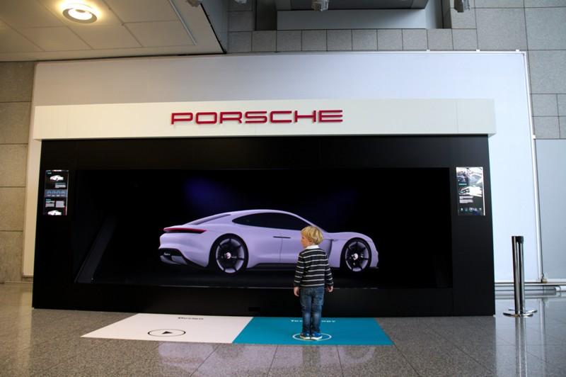 Porsche HOLOCO XXXL bei dem Automotive Brand Contest 2016