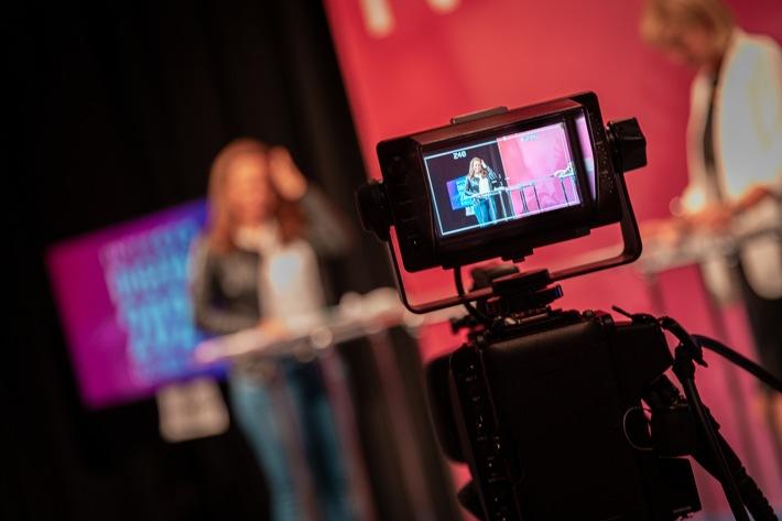 HINTE für Zukunftsformate der Messe- und Kongressbranche aufgestellt / Entwicklung vom klassischen Messeveranstalter zum agilen Plattformmanager von zukunftsfähigen Digitalformaten (FOTO)