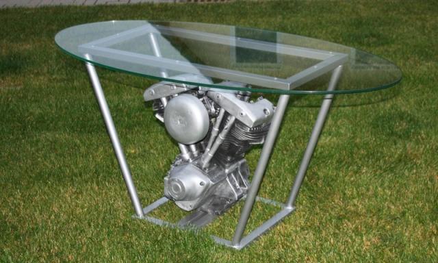 shovelheadmotor als tisch f r zuhause. Black Bedroom Furniture Sets. Home Design Ideas
