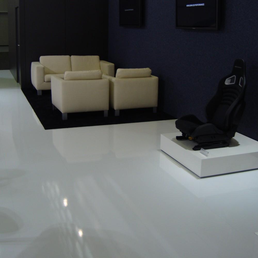 perfekte veredlung mit hochglanz laminat von witex firmenpresse. Black Bedroom Furniture Sets. Home Design Ideas